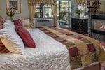 Мини-отель Candlelight Inn Bed and Breakfast
