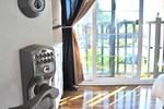 Отель Playa Chalet Suites