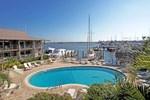 Отель Cove Inn on Naples Bay