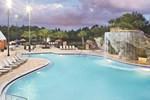 Отель Hilton Grand Vacations Suites at SeaWorld