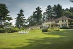 Мини-отель The Manor on Golden Pond