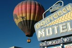 Отель Monterey Non Smokers Motel Old Town
