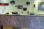 Отель Days Inn Airport
