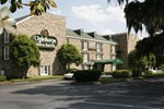 Отель Oglethorpe Inn & Suites