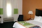 Отель Fairfield Inn and Suites by Marriott Tulsa Southeast Crossroads Village