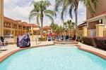 Отель Days Inn and Suites Houston Hobby Airport