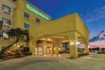 Отель La Quinta Inn & Suites Houston Channelview