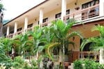 Гостевой дом Baan Srinimit House & Apartment