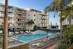 Отель Swell Resort Burleigh Heads