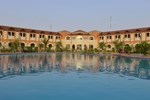Отель Boudl Half Moon Resort