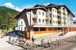 Отель Funsport-, Bike- & Skihotelanlage Tauernhof
