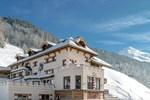 Отель Burghotel Alpenglühn