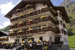 Отель Wellnesshotel Engadin