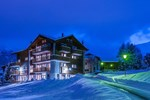 Отель Hotel Garni Alpenperle