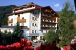 Отель Familienhotel Adler