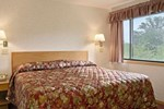 Days Inn & Suites Indianapolis, Castleton