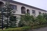Отель Embassy Court Hotel