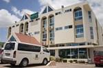 Отель Airport West Hotel
