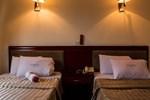 Отель Sunlodge Hotel