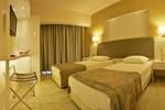 Отель Maris Beach Hotel