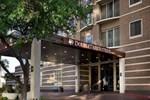 Отель DoubleTree Suites by Hilton Austin
