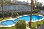 Отель Holiday home Urb. Villas Alfar II Els Poblets