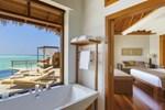 Отель Baros Maldives
