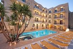 Апартаменты Manos Maria Hotel Apartments