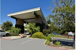 Отель Days Inn & Suites Sunnyvale