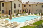 Апартаменты Apartment La Chicca - Borgo La Fornace Gambassi Terme