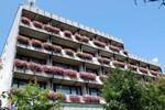 Отель Hotel Krim