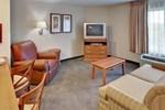 Отель Candlewood Suites Lincoln