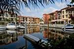 Отель Naples Bay Resort