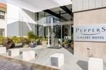 Отель Diamant Boutique Hotel Canberra