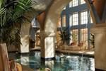 Отель Hilton Santa Fe Golf Resort & Spa at Buffalo Thunder