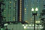Отель DoubleTree by Hilton Hotel & Executive Meeting Center Omaha-Downtown