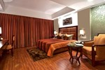 Отель The Golden Palms Hotel & Spa