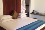 Отель Lake Lodge Resort