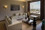Отель Weston Suites Hotel