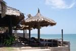 Отель Joe's Cafe & Garden Resort