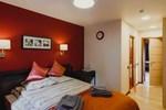 Rooms & Breakfast