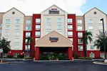 Отель Fairfield Inn and Suites by Marriott Orlando near Universal Orlando