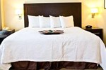 Отель Hampton Inn & Suites Boston Crosstown Center