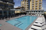 Отель Adlon