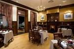 Отель Courtyard Suite Pretoria