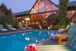 Отель Knysna Log-Inn Hotel