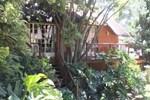 Гостевой дом Treetops & Treats Guest House