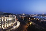 Отель Radisson Blu Hotel Istanbul Pera