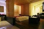 Отель Hotel Myeongjak, Suwon