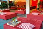 Отель TeaHouse Asian Urban Resort